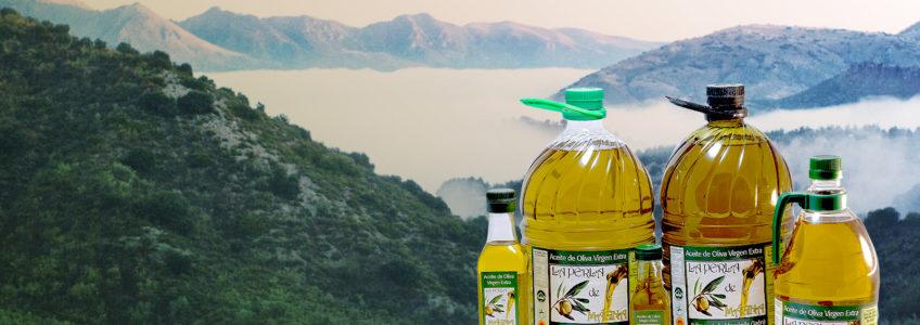 Aceite de oliva virgen extra con Sierra Magina